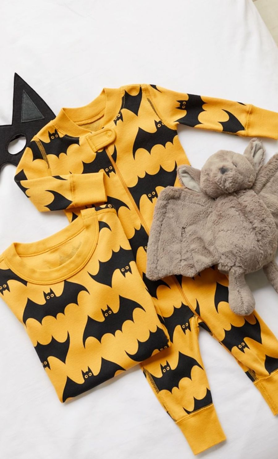cc3679279 Our Favorite Halloween Pajamas for Babies and Kids. halloween-pajamas -everymom-vertical