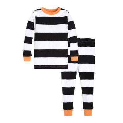 a6d616e02 Our Favorite Halloween Pajamas for Babies and Kids